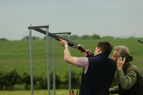 5 Beginner Tips for Shooting Clay Pigeon